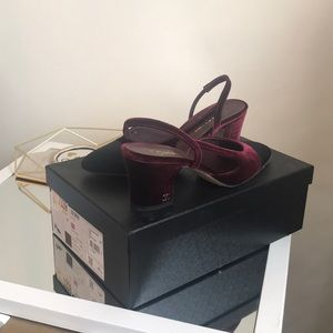 Chanel Slingbacks in Burgundy/Black